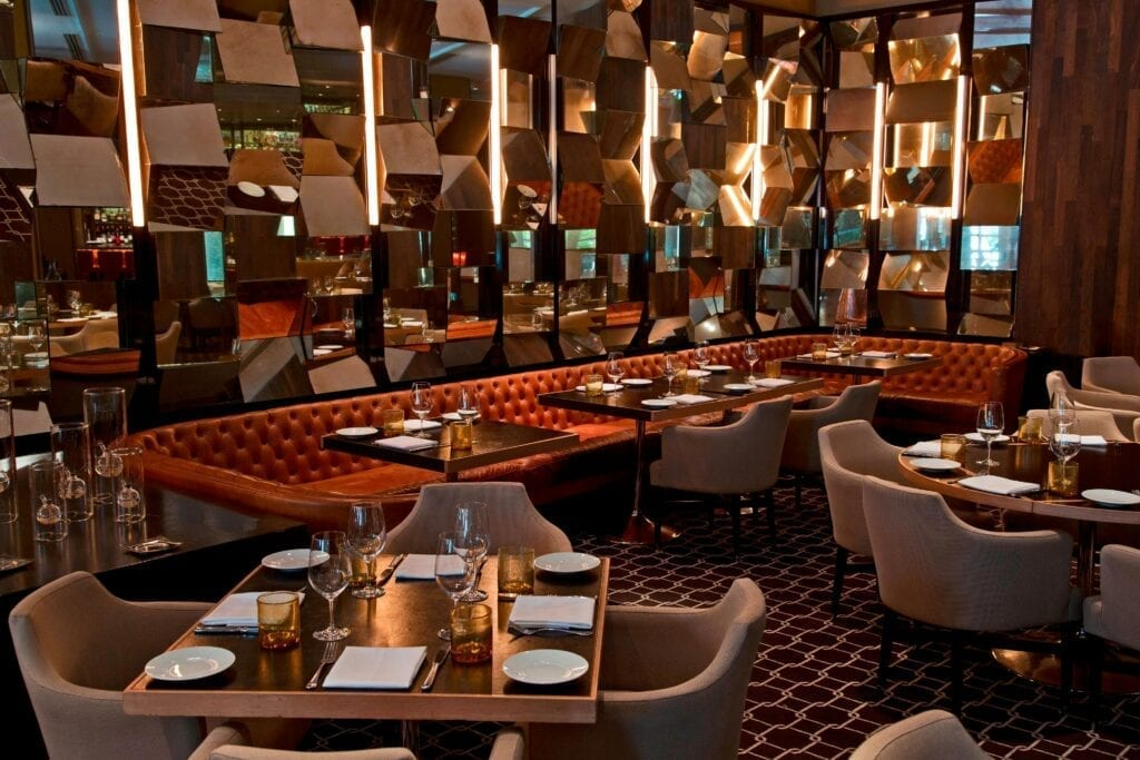 an image of a dinning option at jw marriot turnberry resort & space